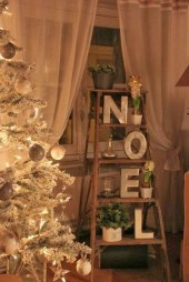 Perfect Ideas To Have Great Vintage Christmas Decoration 15