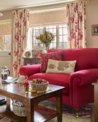 Stunning Romantic Living Room Decor 40