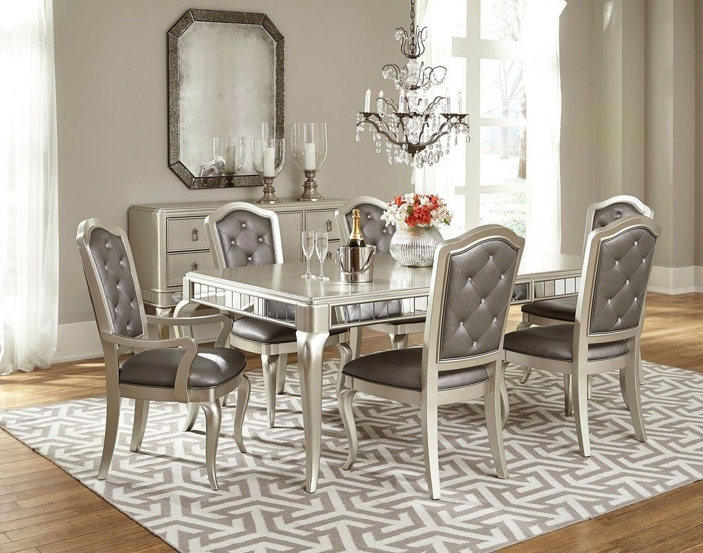 Sweet Romantic Dining Room Decor 33