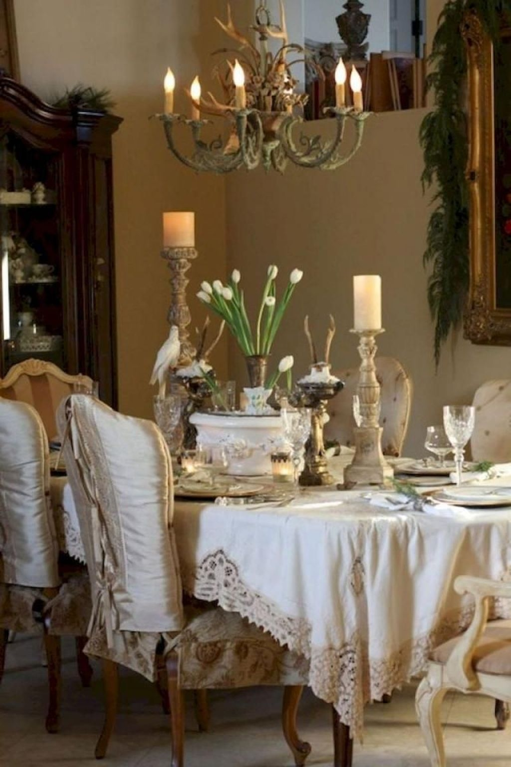 Sweet Romantic Dining Room Decor 37