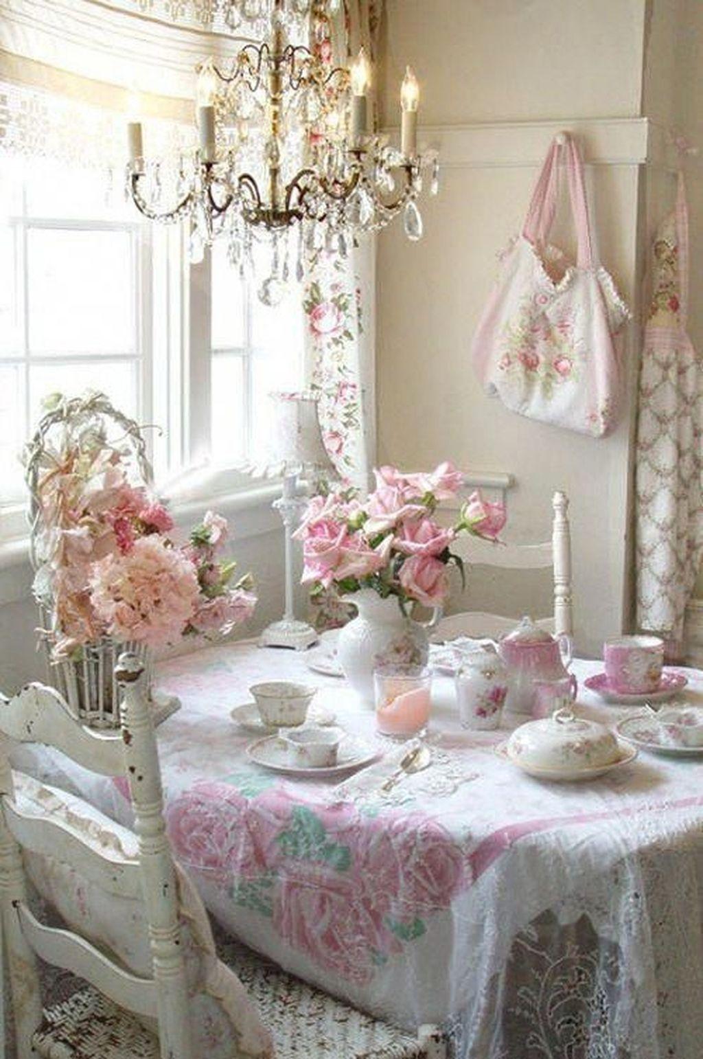 Sweet Romantic Dining Room Decor 49