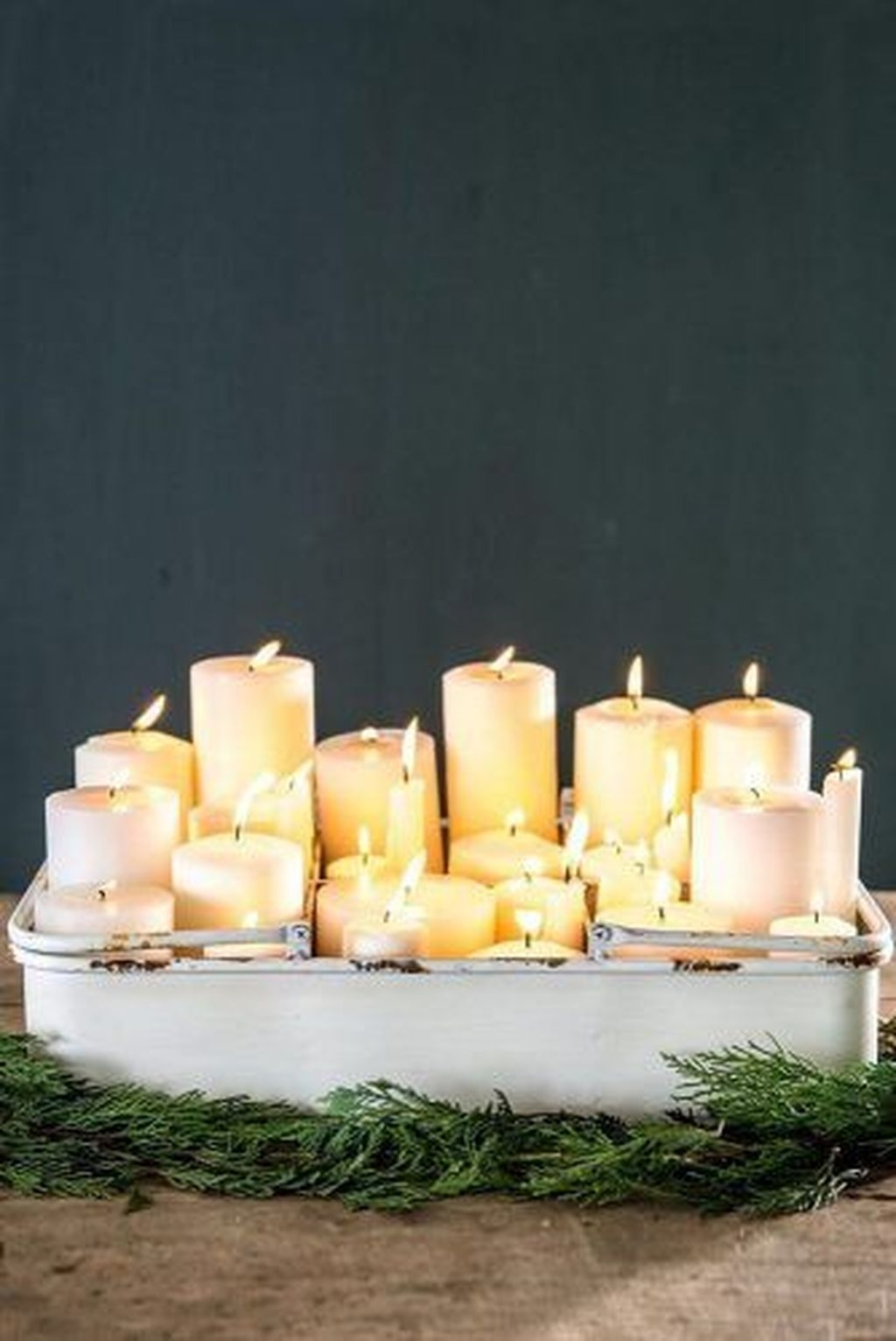 The Best DIY Christmas Centerpiece Decoration For Your Amazing Christmas 10