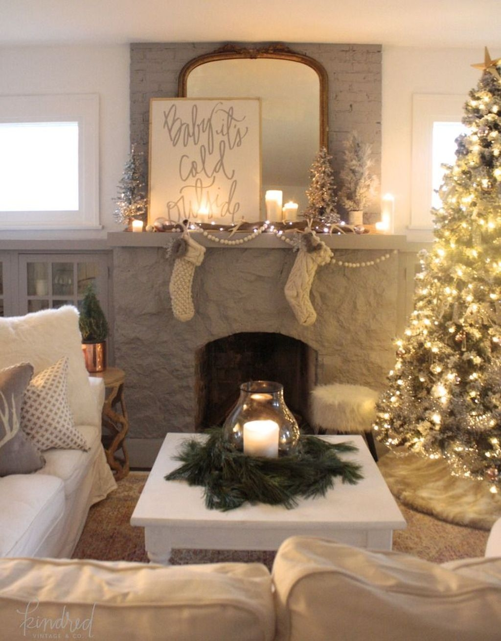 The Best Winter Decoration For Apartment 45