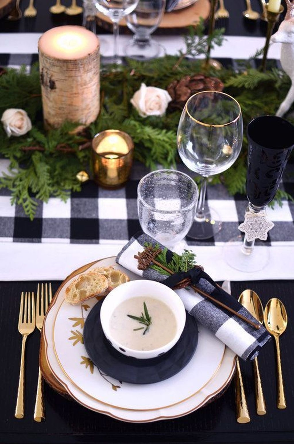 The Best Winter Table Decorations You Need To Try 33