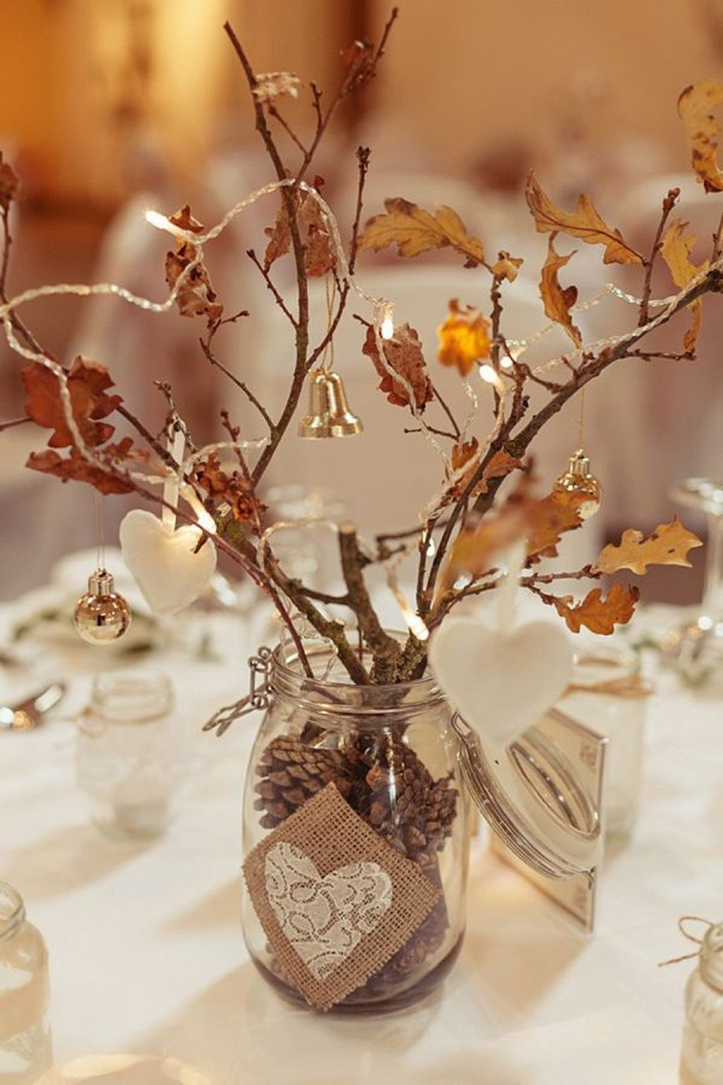 The Best Winter Table Decorations You Need To Try 35