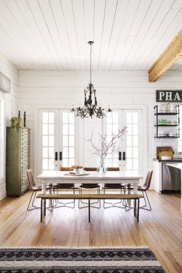 Amazing Rustic Dining Room Design Ideas 44