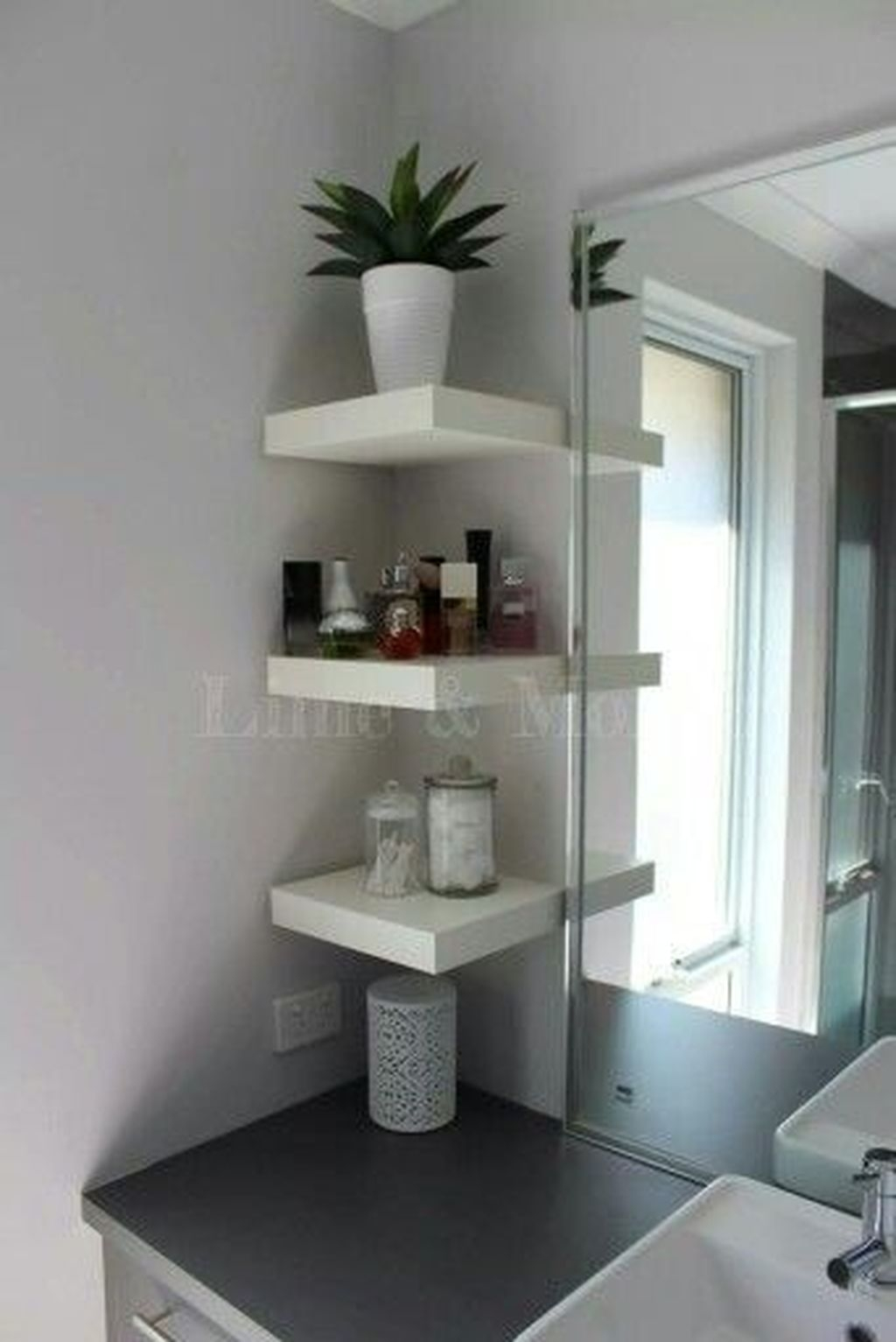 Awesome Hanging Bathroom Storage For Small Spaces 07