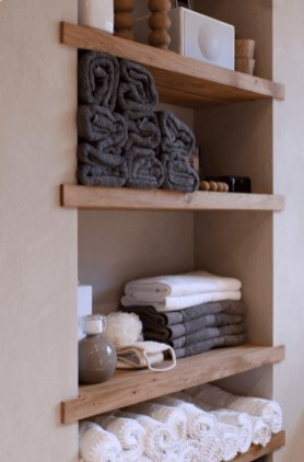 Awesome Hanging Bathroom Storage For Small Spaces 08