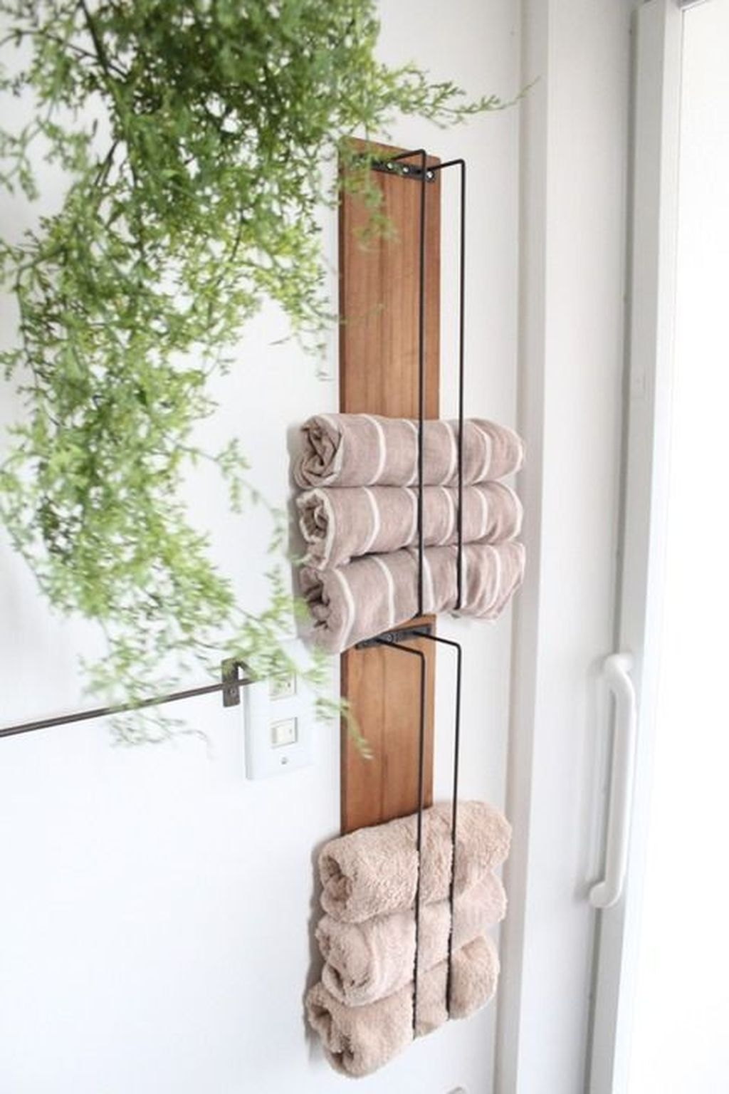 Awesome Hanging Bathroom Storage For Small Spaces 17