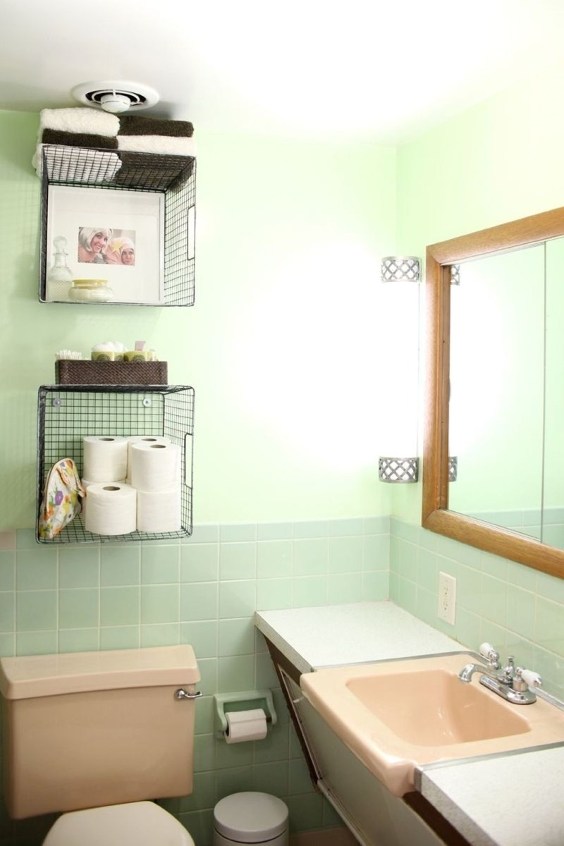 Awesome Hanging Bathroom Storage For Small Spaces 20