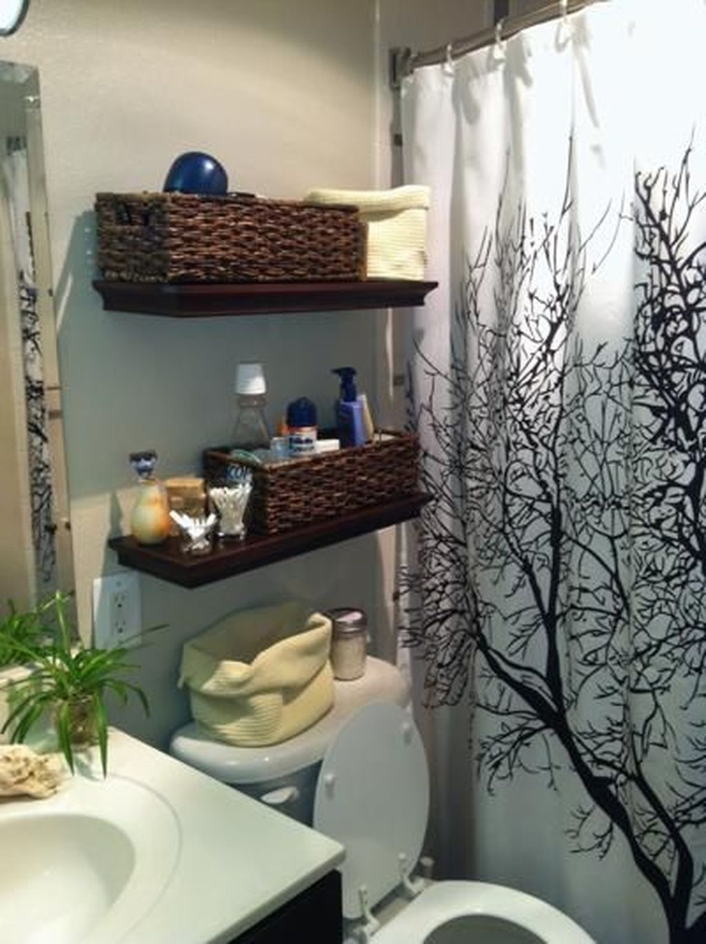 Awesome Hanging Bathroom Storage For Small Spaces 28