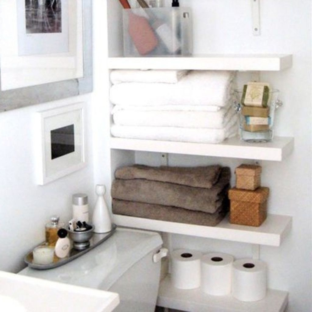 Awesome Hanging Bathroom Storage For Small Spaces 31
