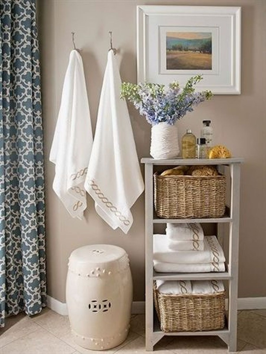 Awesome Hanging Bathroom Storage For Small Spaces 46