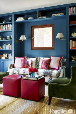 Beautiful Small Space Living Room Decoration Ideas33