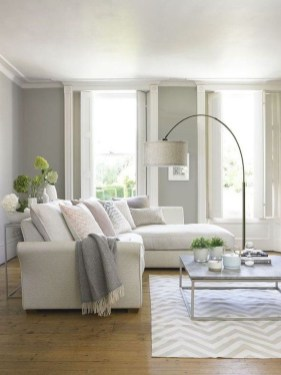 Beautiful Small Space Living Room Decoration Ideas50