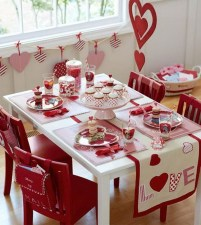 Beautiful Valentines Day Table Decor 20
