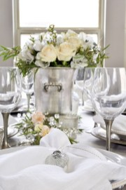 Beautiful Valentines Day Table Decor 38