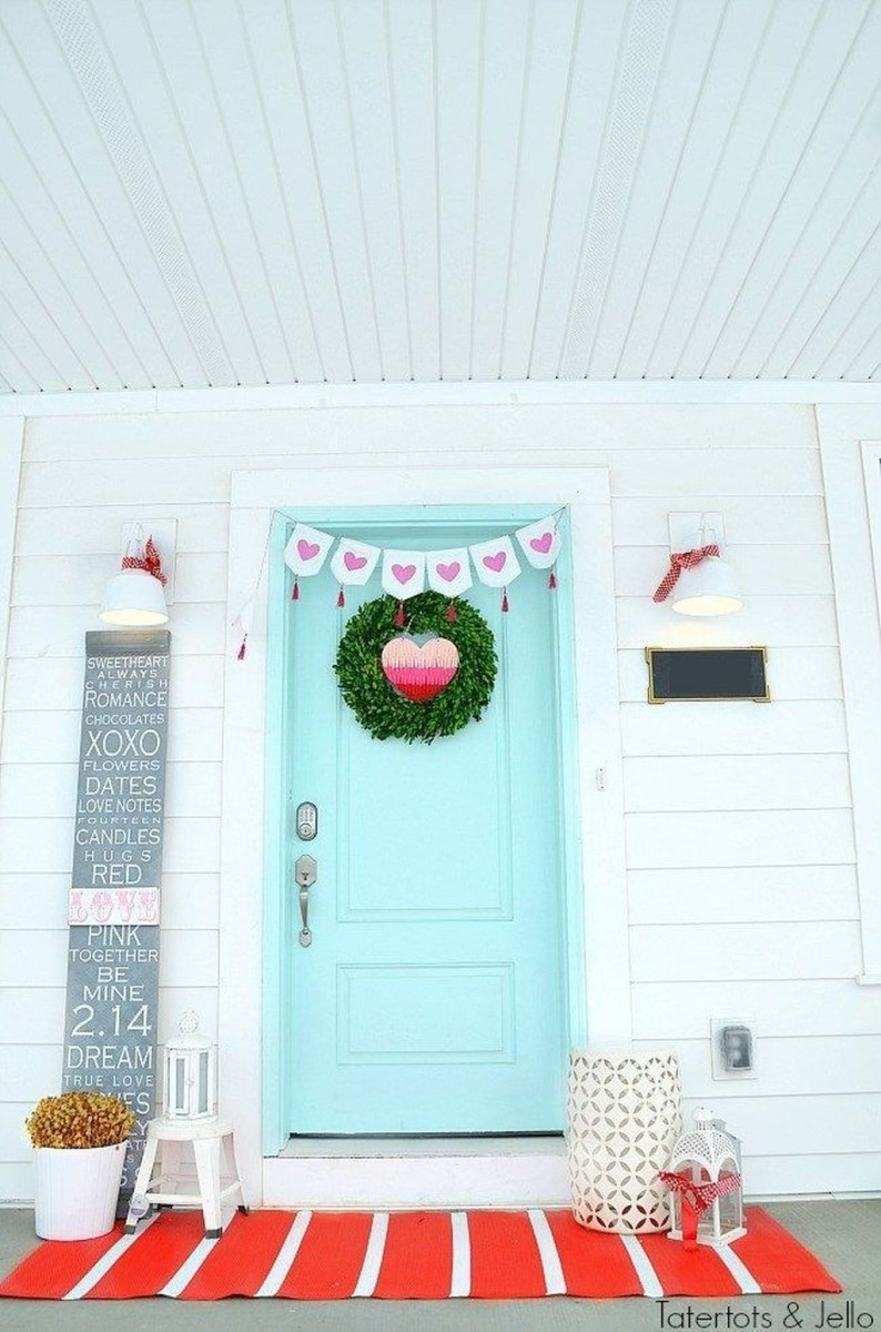 Front Porch Valentines Day Decor With LOVE Word 04
