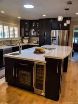 Kitchen Island Design Ideas With Marble Countertops 12