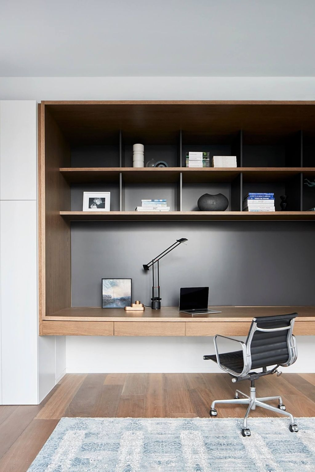 Modern Home Office Idea That Easily Implemented 03