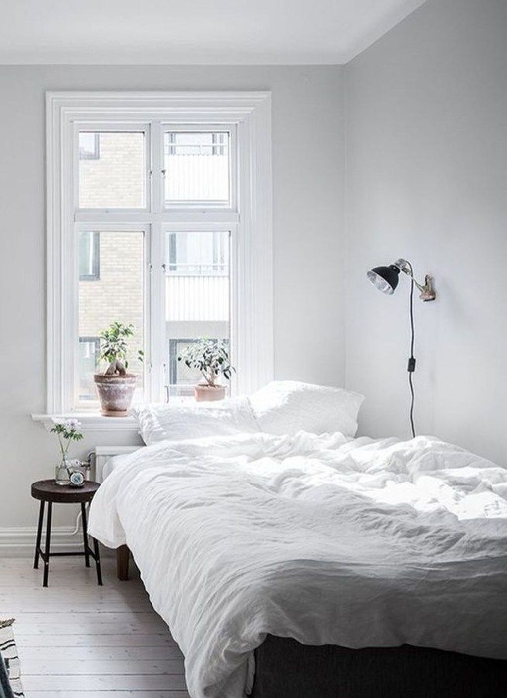 Perfect Small Bedroom Decorations 05