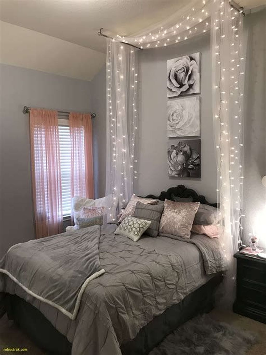 Perfect Small Bedroom Decorations 24