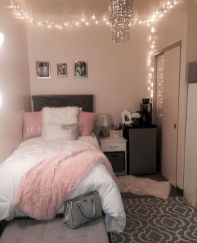 Perfect Small Bedroom Decorations 25