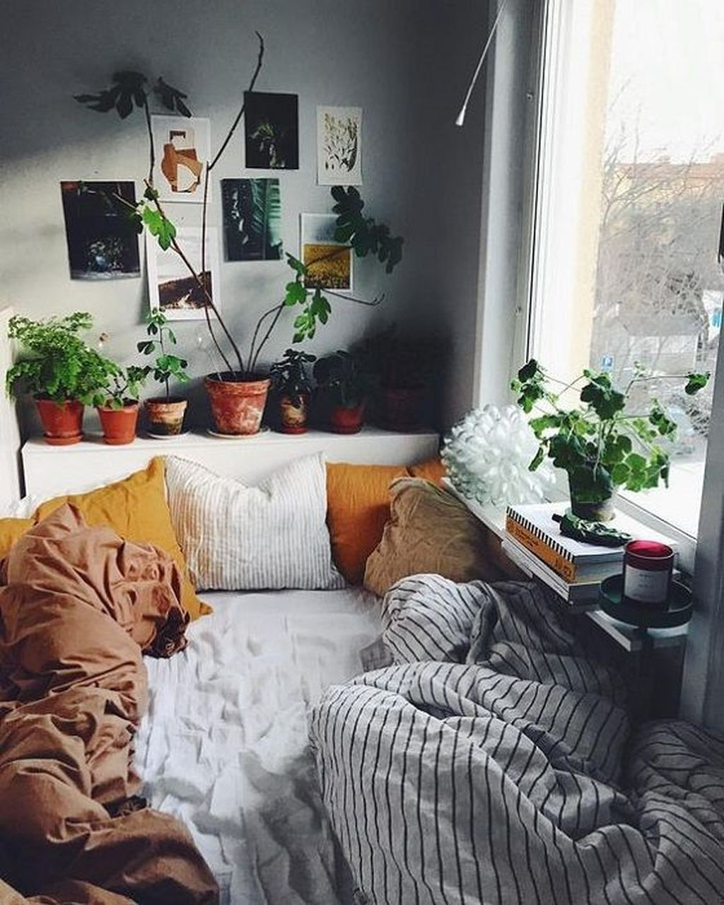 Perfect Small Bedroom Decorations 31