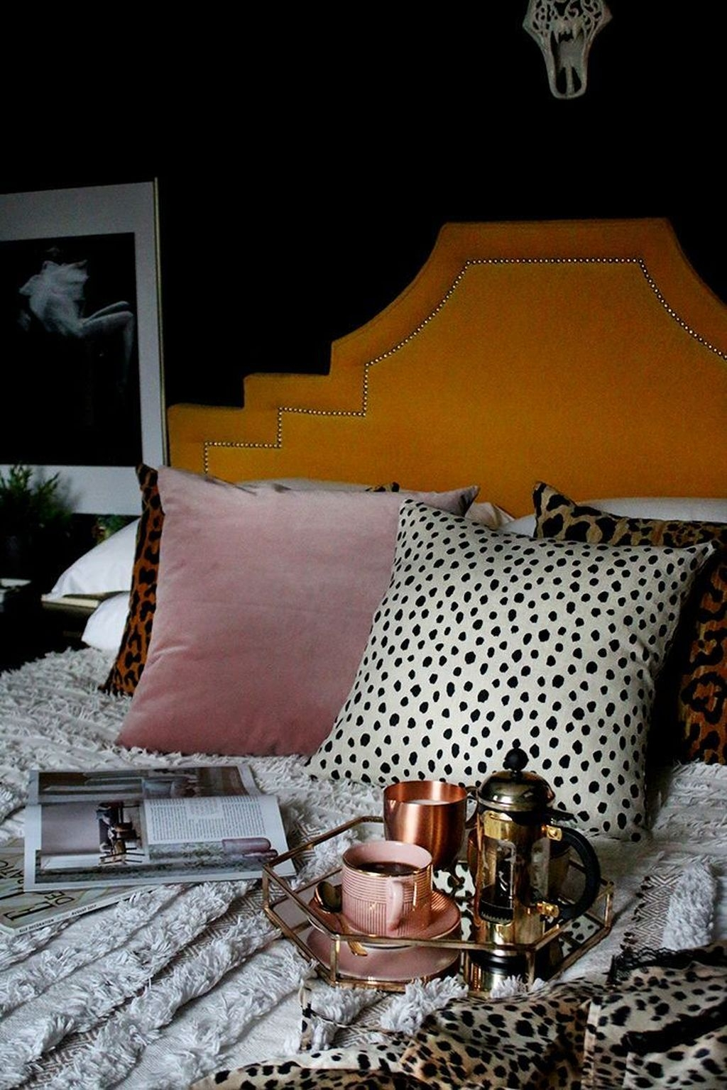 Pink Bedroom Decor You Can Try On Your Own 45