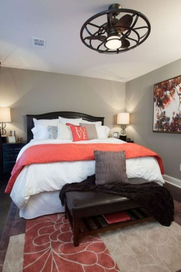 Small Master Bedroom Design With Elegant Style 49