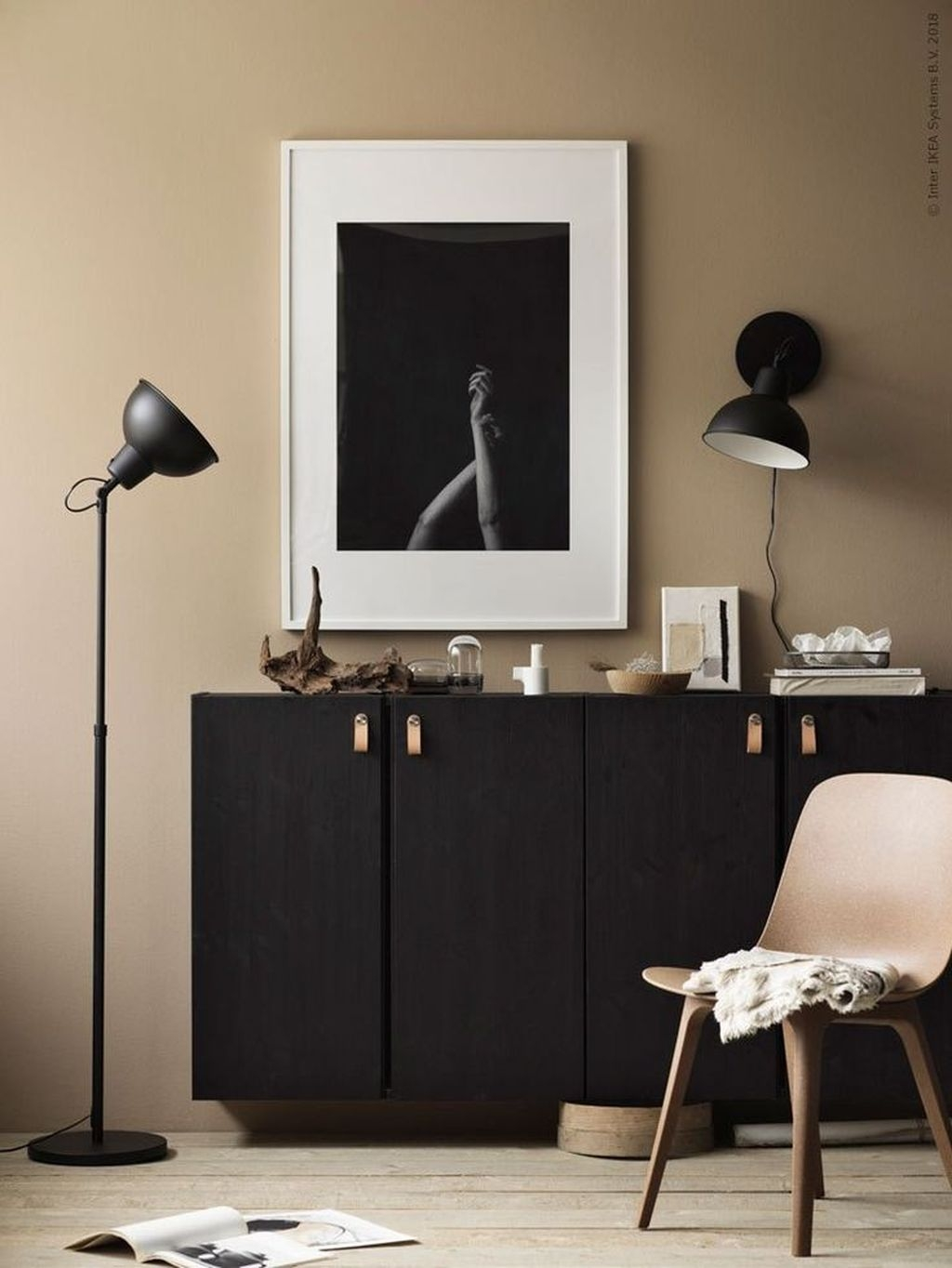 Stunning Modern Black Home Decor 25