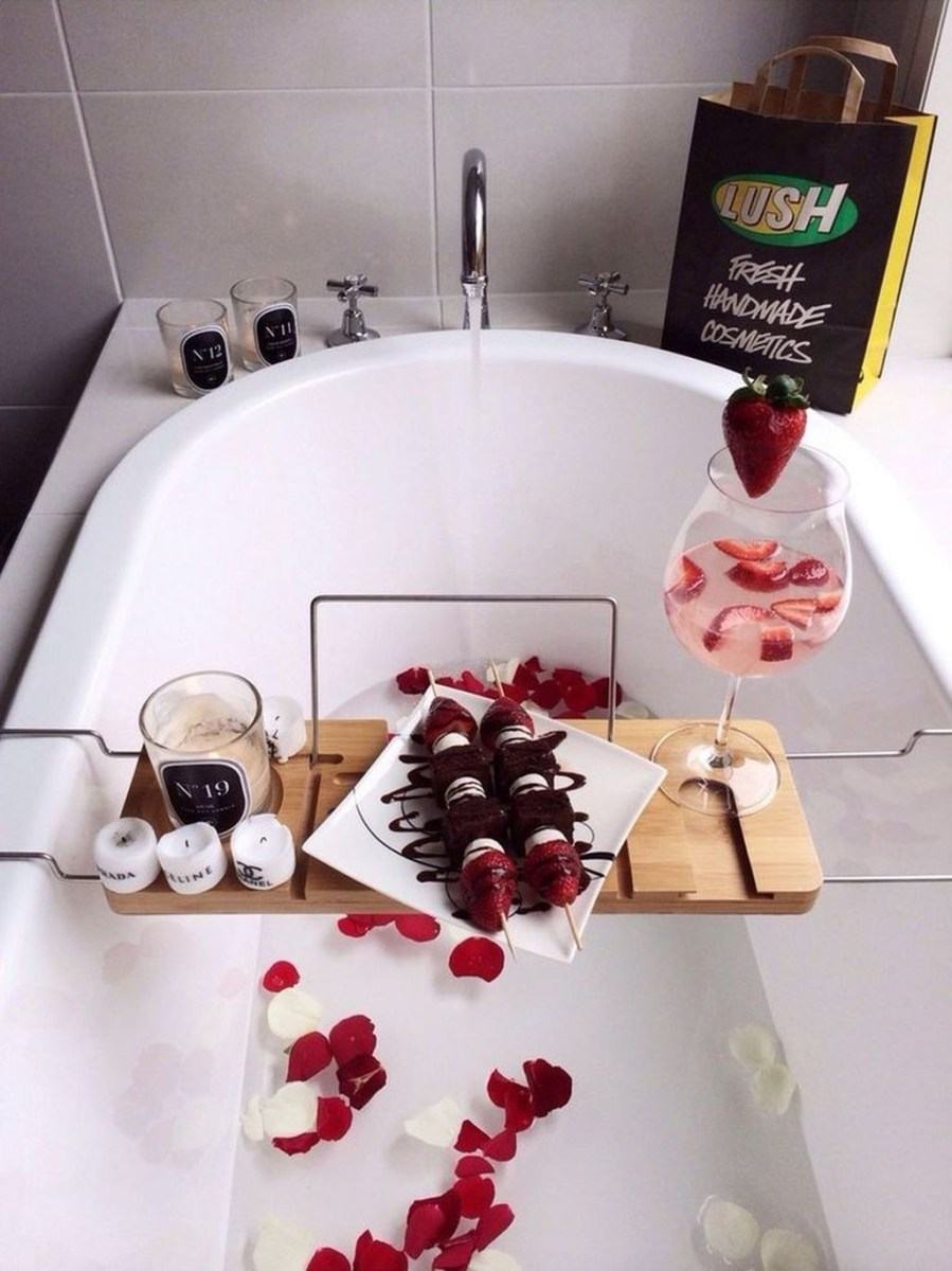 Sweet Valentines Day Bathroom Decor, Forget The Old One 09