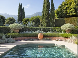 The Best Mediterranean Swimming Pool Design 35
