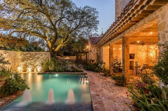 The Best Mediterranean Swimming Pool Design 46