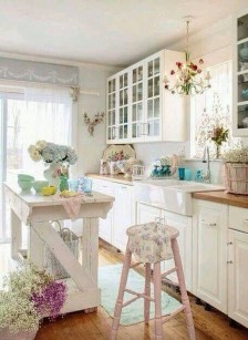 Upgrading Your Wall For Romantic Kitchen Decorations 01