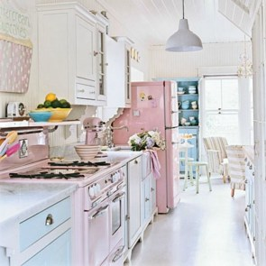 Upgrading Your Wall For Romantic Kitchen Decorations 12