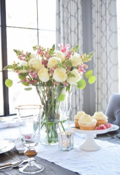 Valentines Day Home Decor With White Color Scheme 41