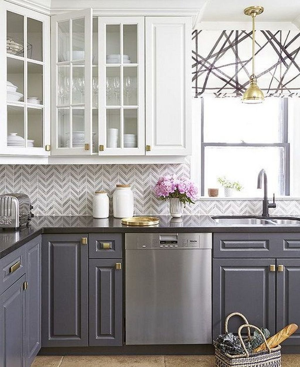 Affordable Kitchen Backsplash Decor Ideas 40