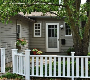 Front Yard Fence Ideas That You Need To Try 46