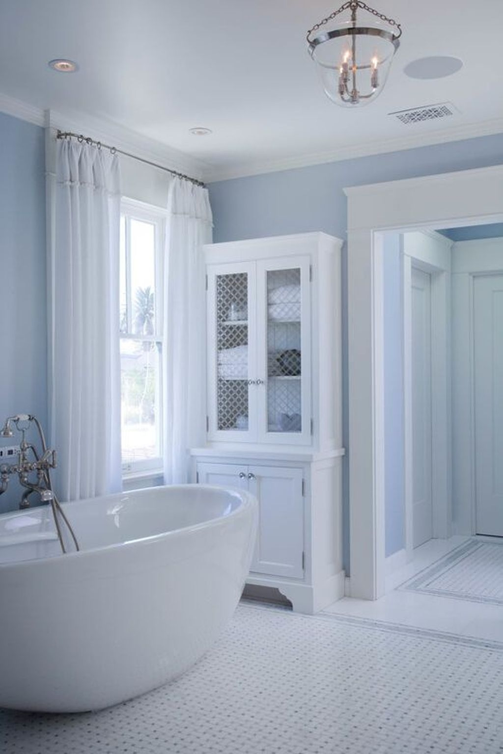 Nice Bathroom Decoration With Coastal Style 03