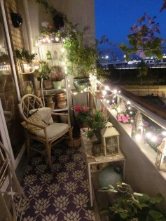 Popular Apartment Balcony Design For Small Spaces 12