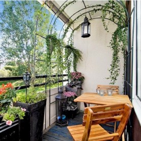 Popular Apartment Balcony Design For Small Spaces 37