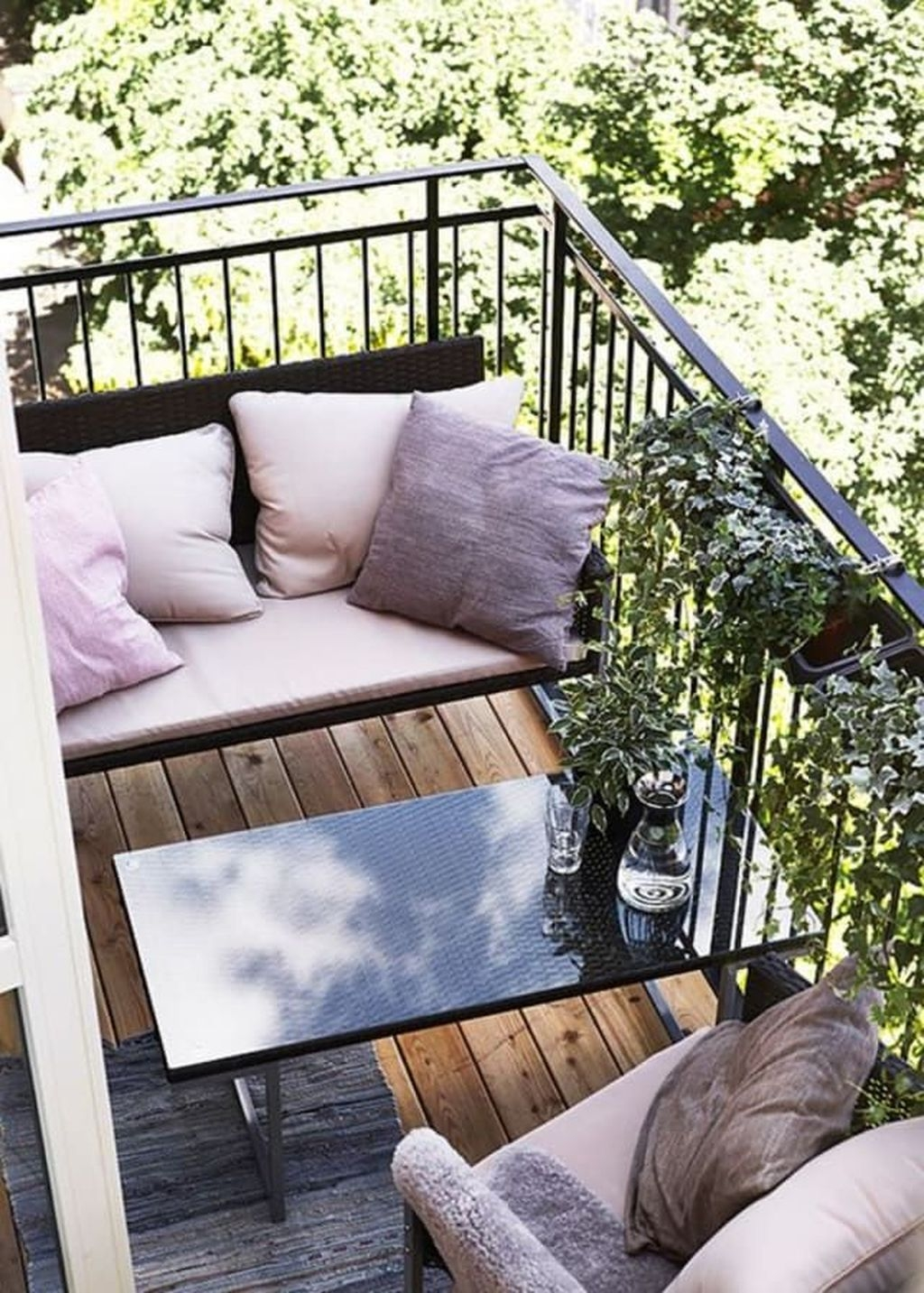 Popular Apartment Balcony Design For Small Spaces 42