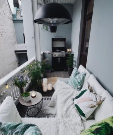 Popular Apartment Balcony Design For Small Spaces 46