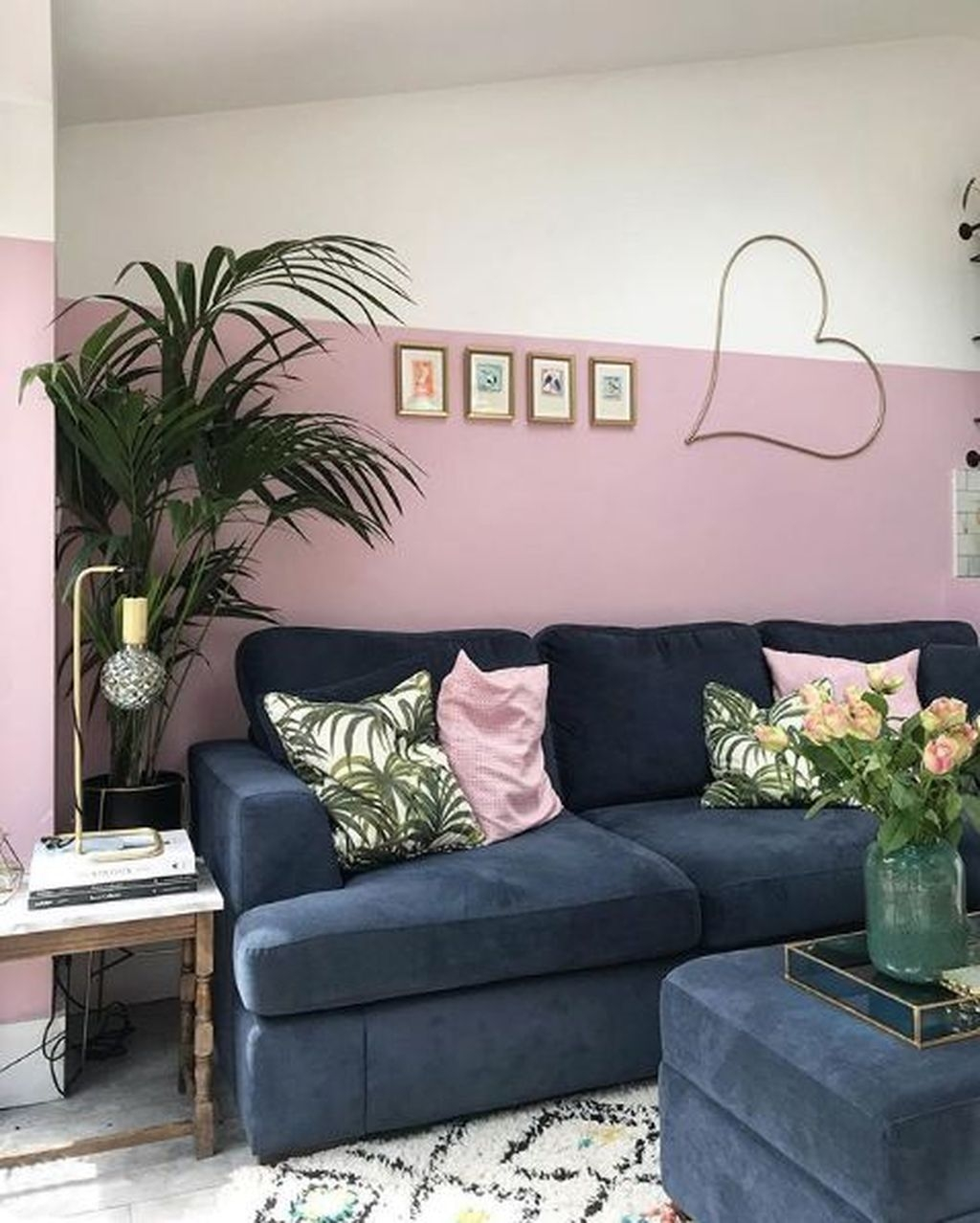 Lovely Pink Living Room Decor Ideas 12