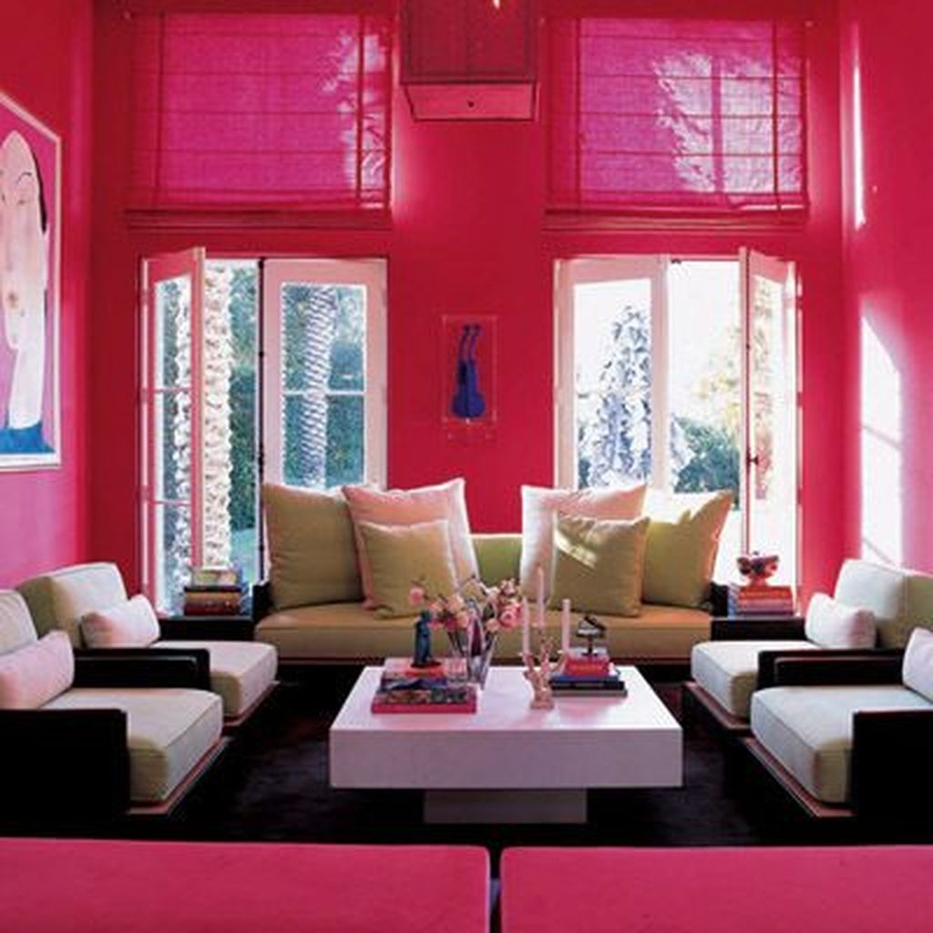 Lovely Pink Living Room Decor Ideas 16