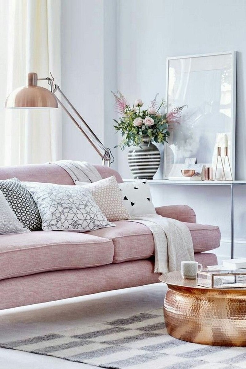 Lovely Pink Living Room Decor Ideas 30
