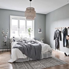 Minimalist Scandinavian Bedroom Decor Ideas 01