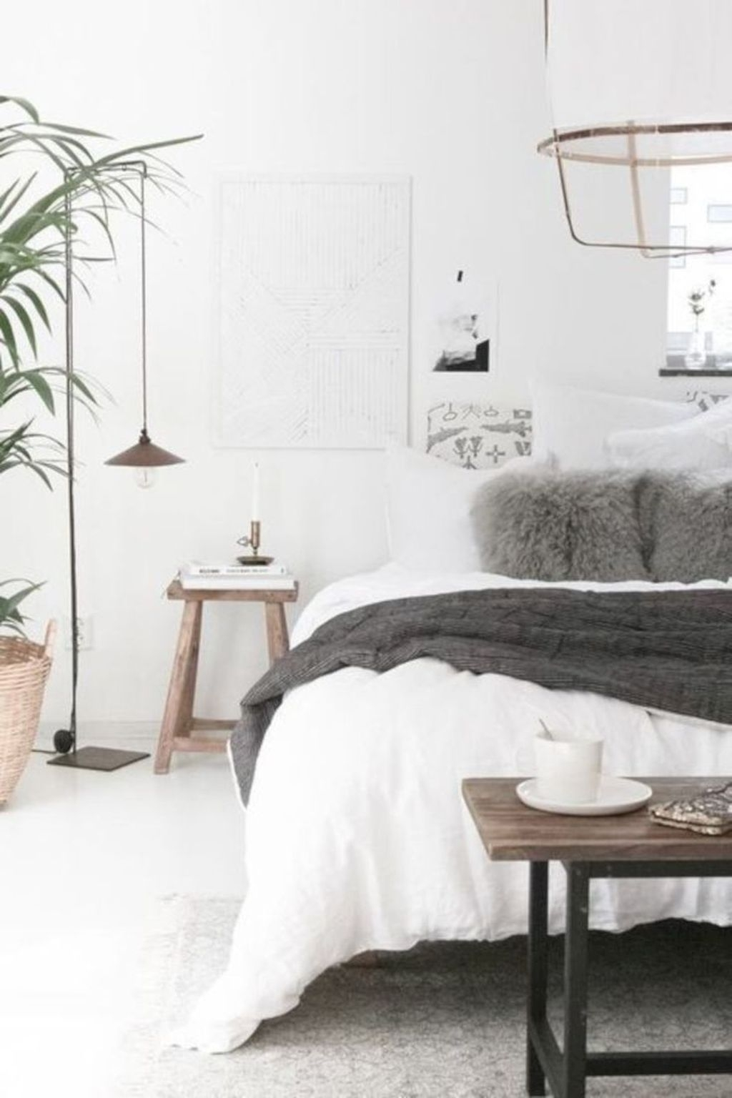 Minimalist Scandinavian Bedroom Decor Ideas 24