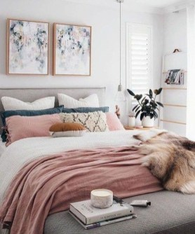 Minimalist Scandinavian Bedroom Decor Ideas 46